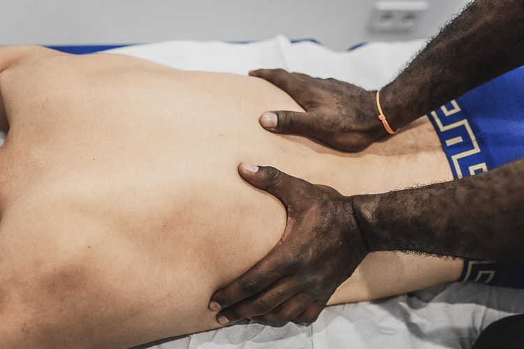 Massage therapy in Mallorca with a cyclist
